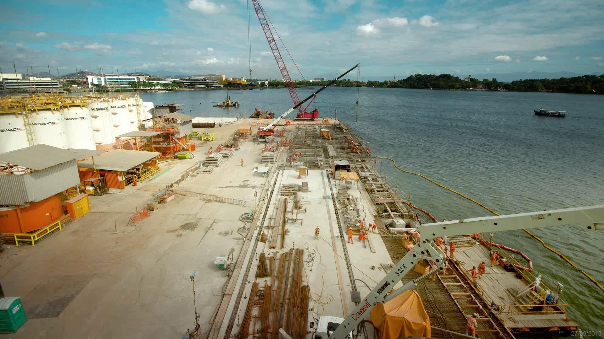 Time lapse obra portuária estaleiro - Fotos/Drones